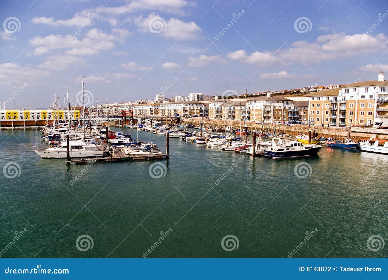 El puerto deportivo