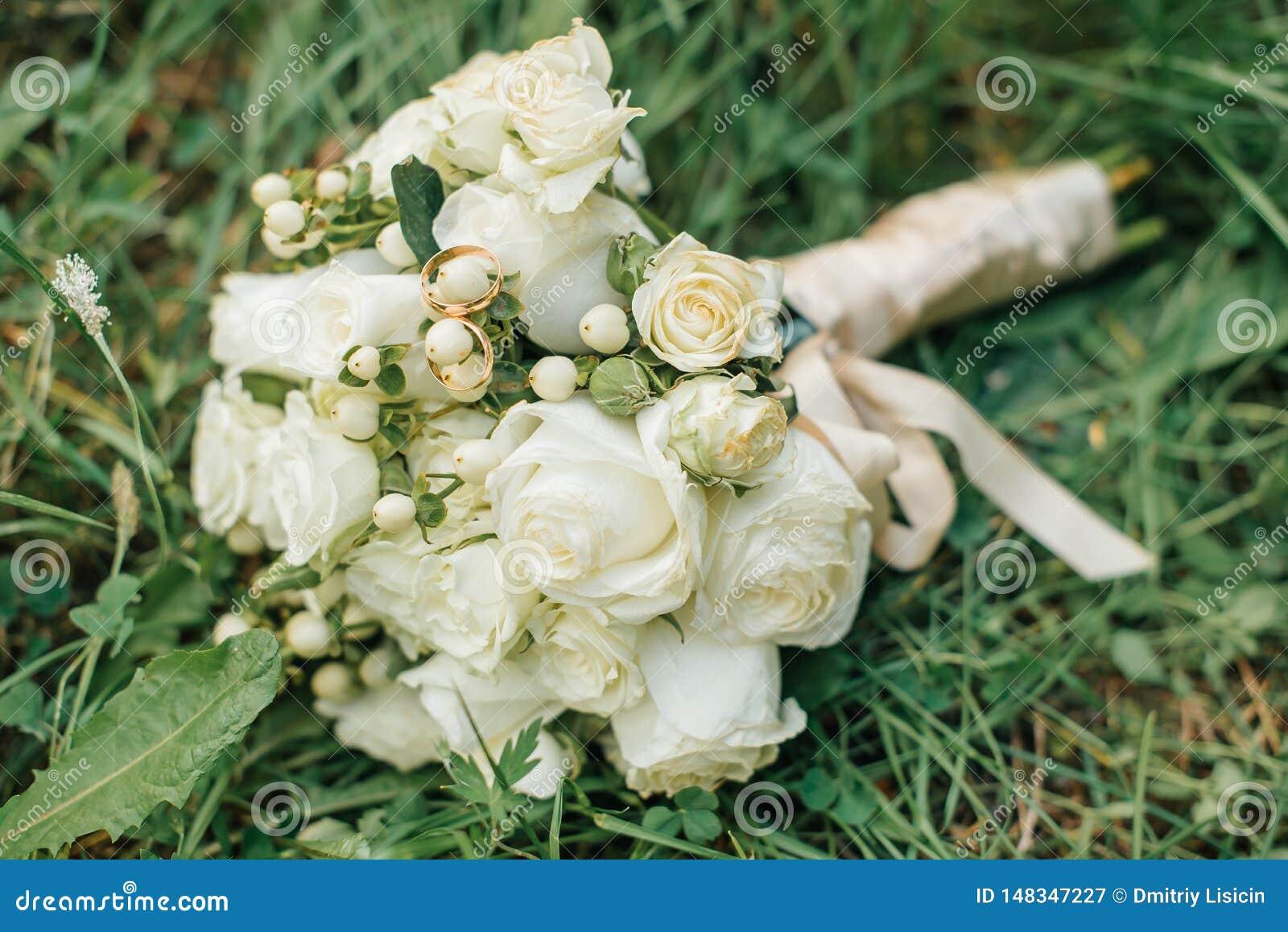 El ramo de la novia en una boda