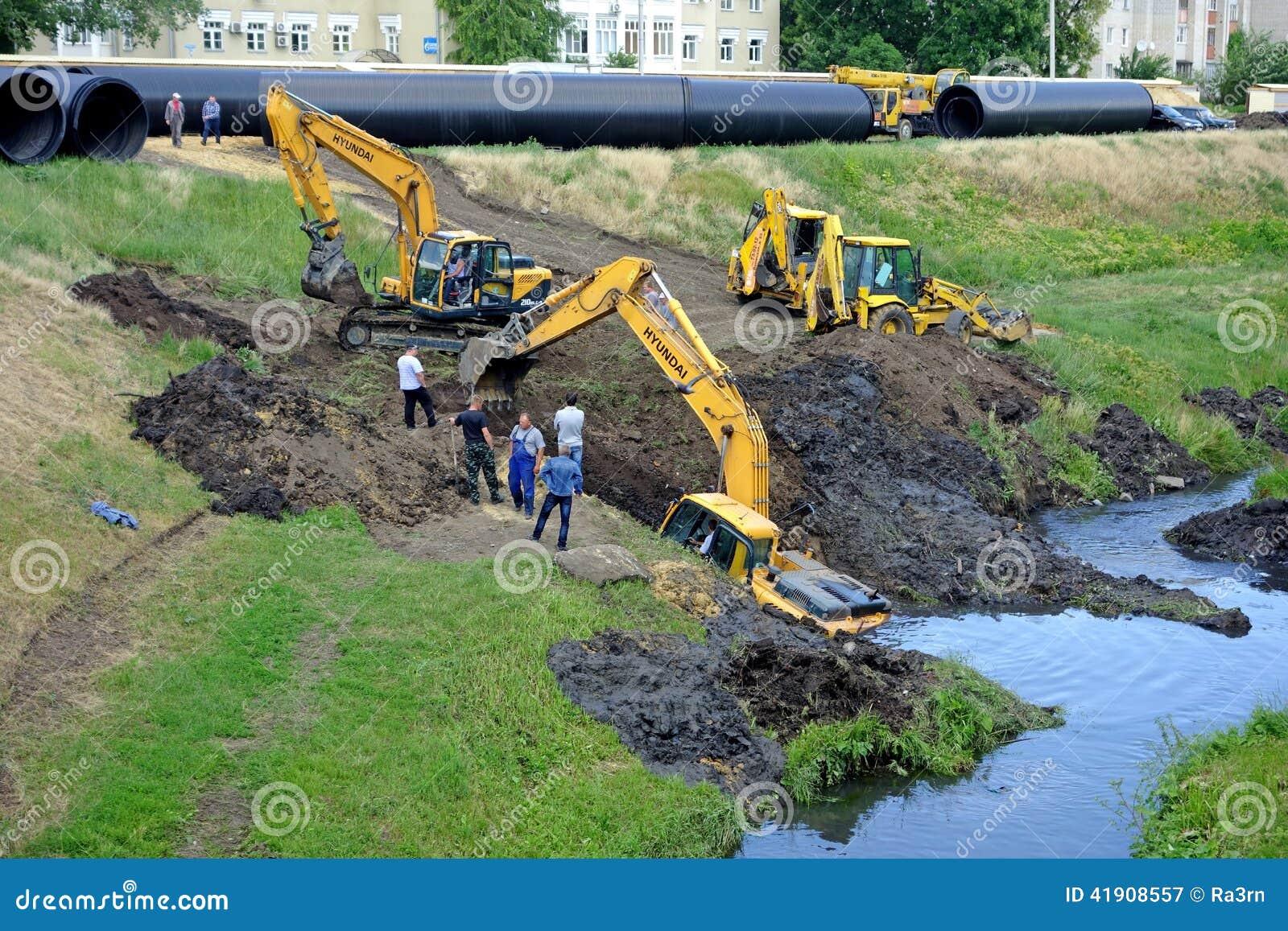 El rescate ahogó el excavador