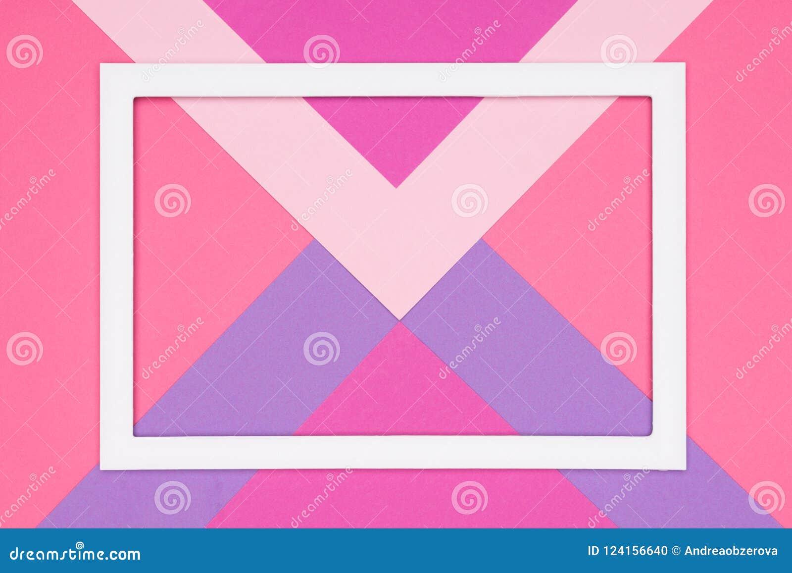 El rosa en colores pastel geométrico abstracto y el plano de papel ultravioleta ponen el fondo Plantilla del minimalismo y de la