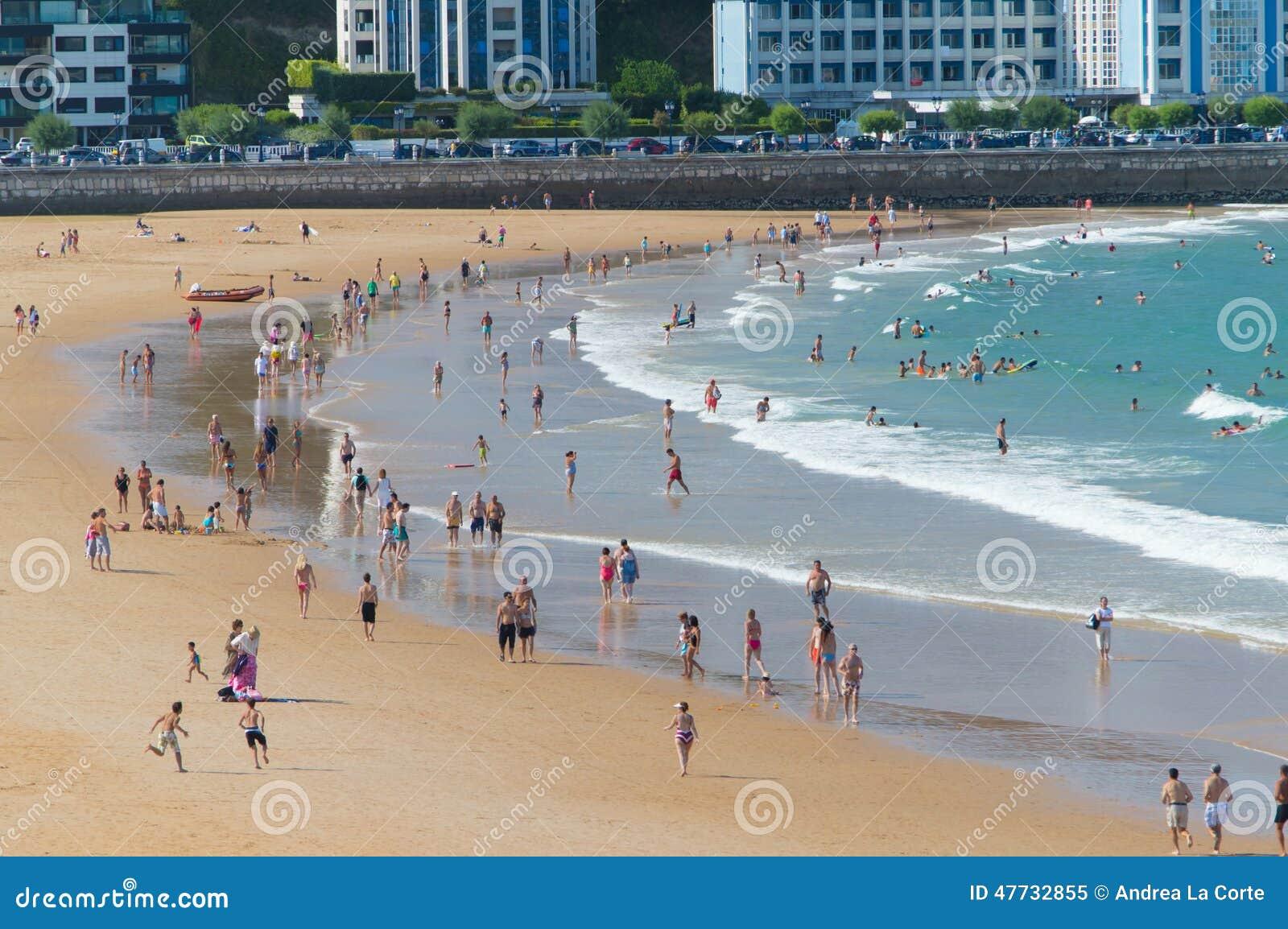 El sardinero beach editorial image image of tourism - Be up santander ...