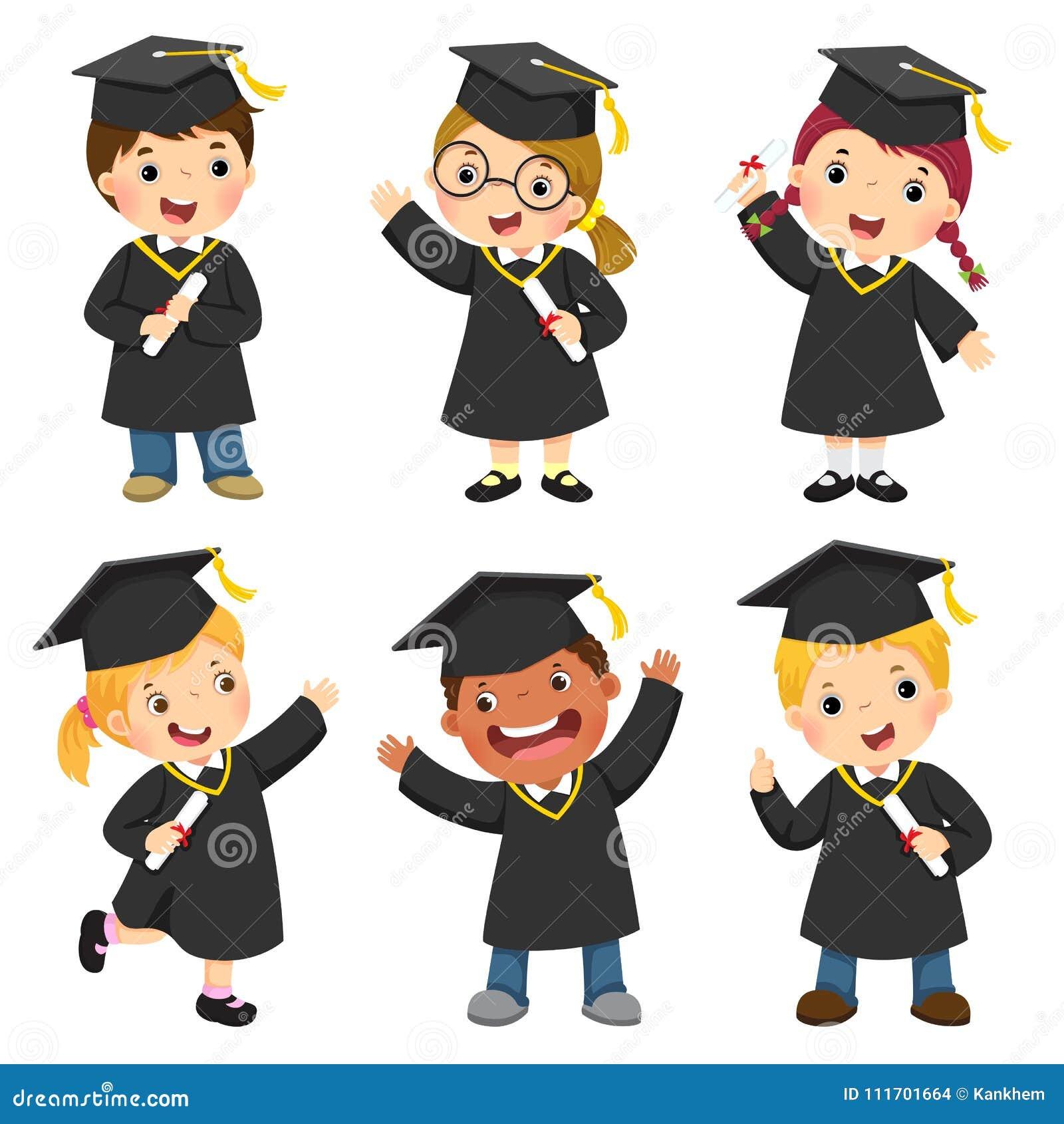 El sistema de niños en un vestido de la graduación y el mortero suben