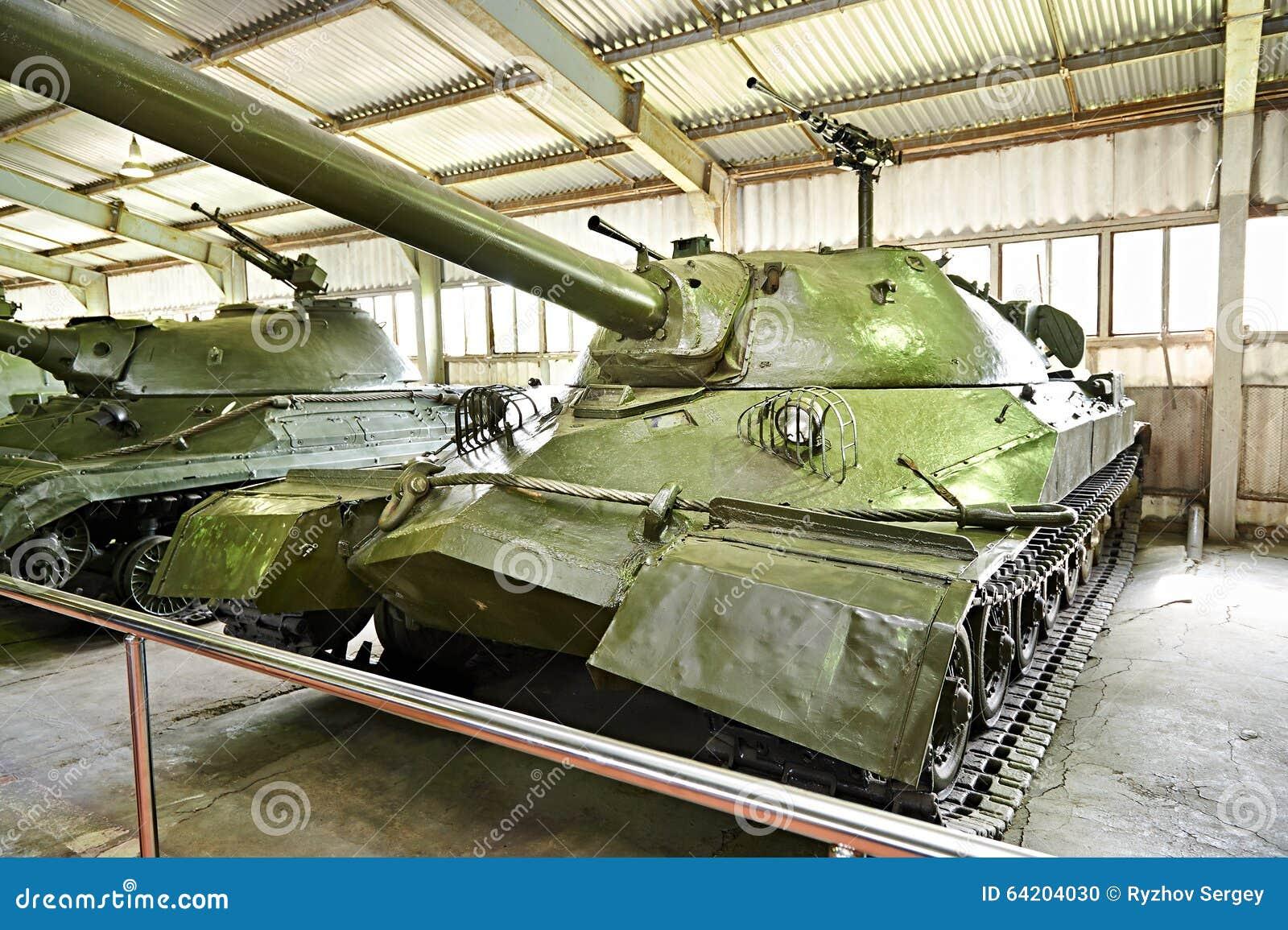 El tanque pesado soviético IS-7