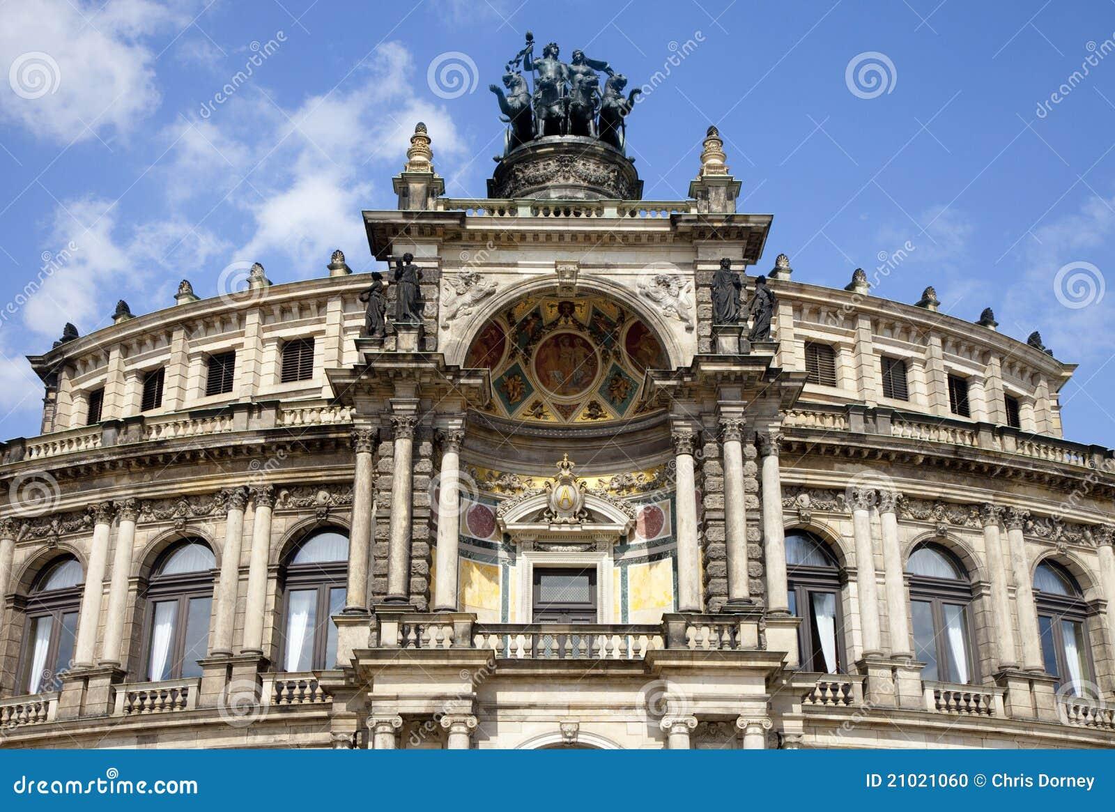 El teatro de la ópera de Semper en Dresden