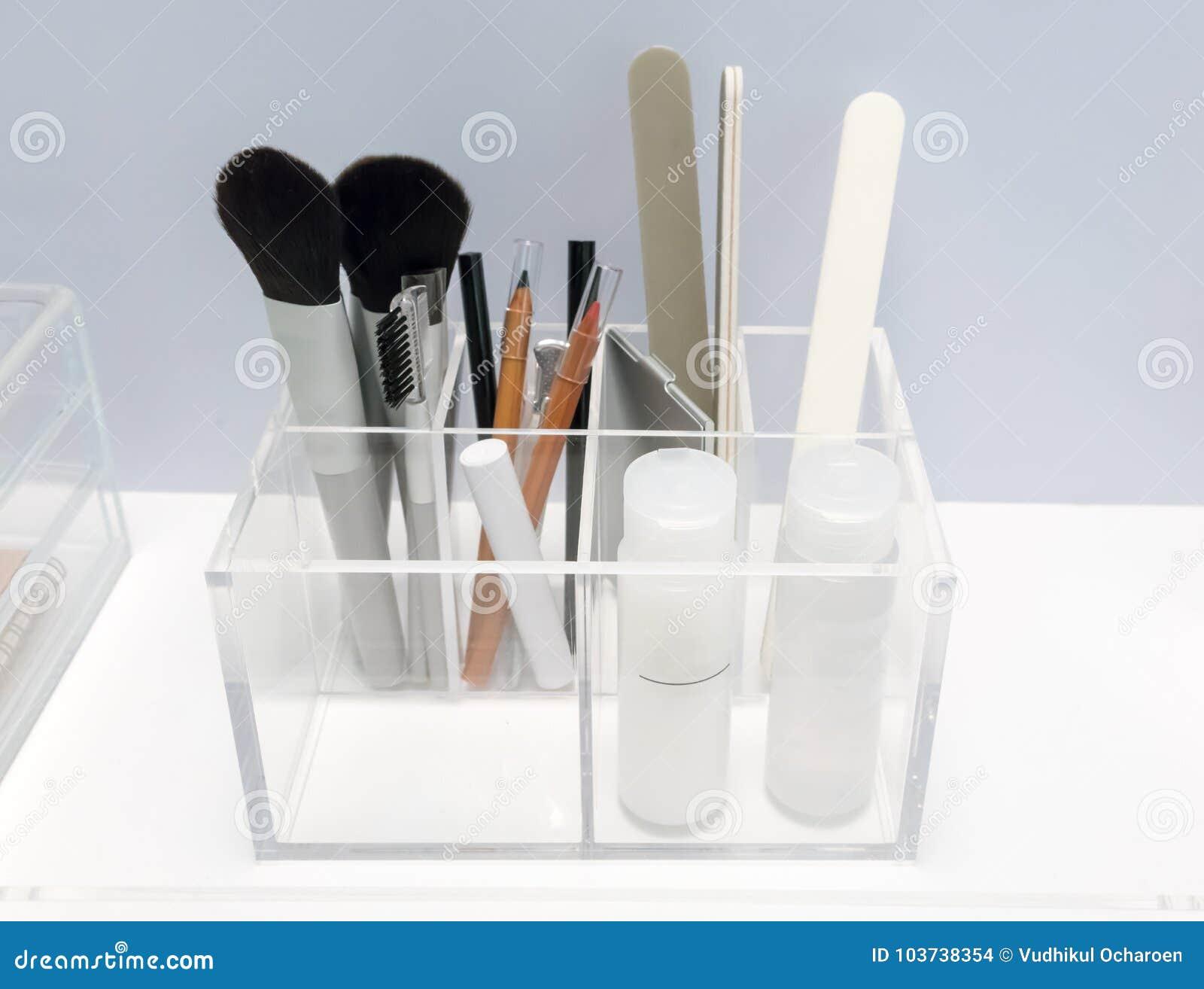 El tenedor de acrílico claro en forma cuadrada solicitó belleza organiza