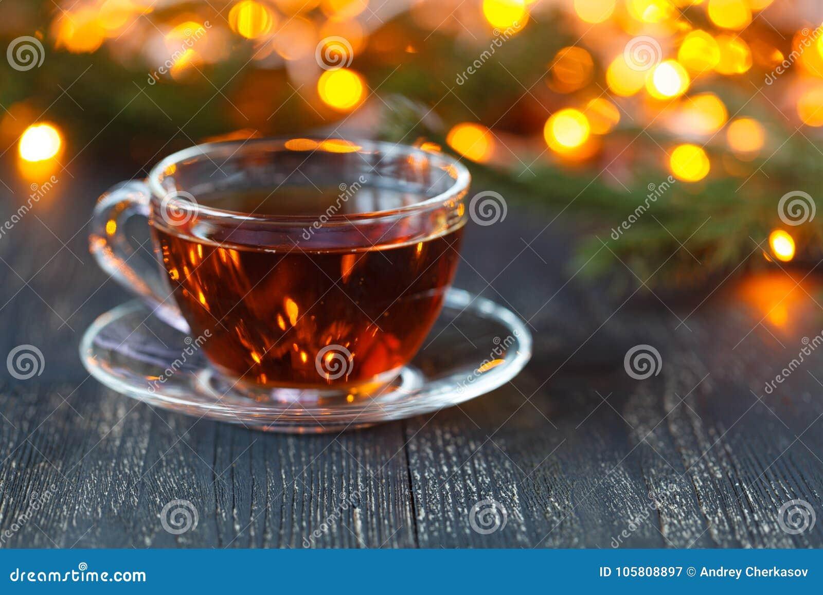 El tiempo de la Navidad se relaja y té
