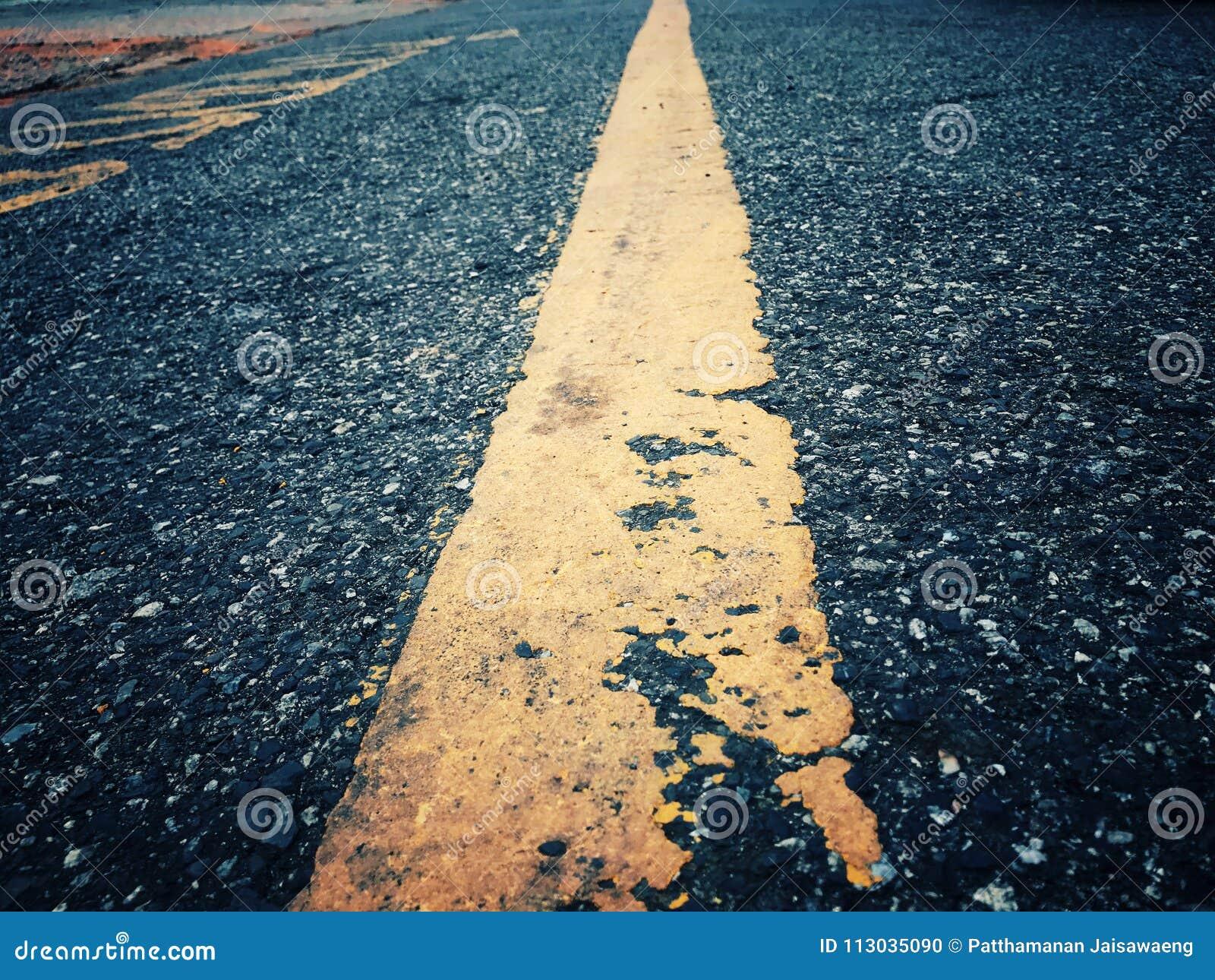 El viaje tiene obstáculos El camino todavía tiene que encenderse