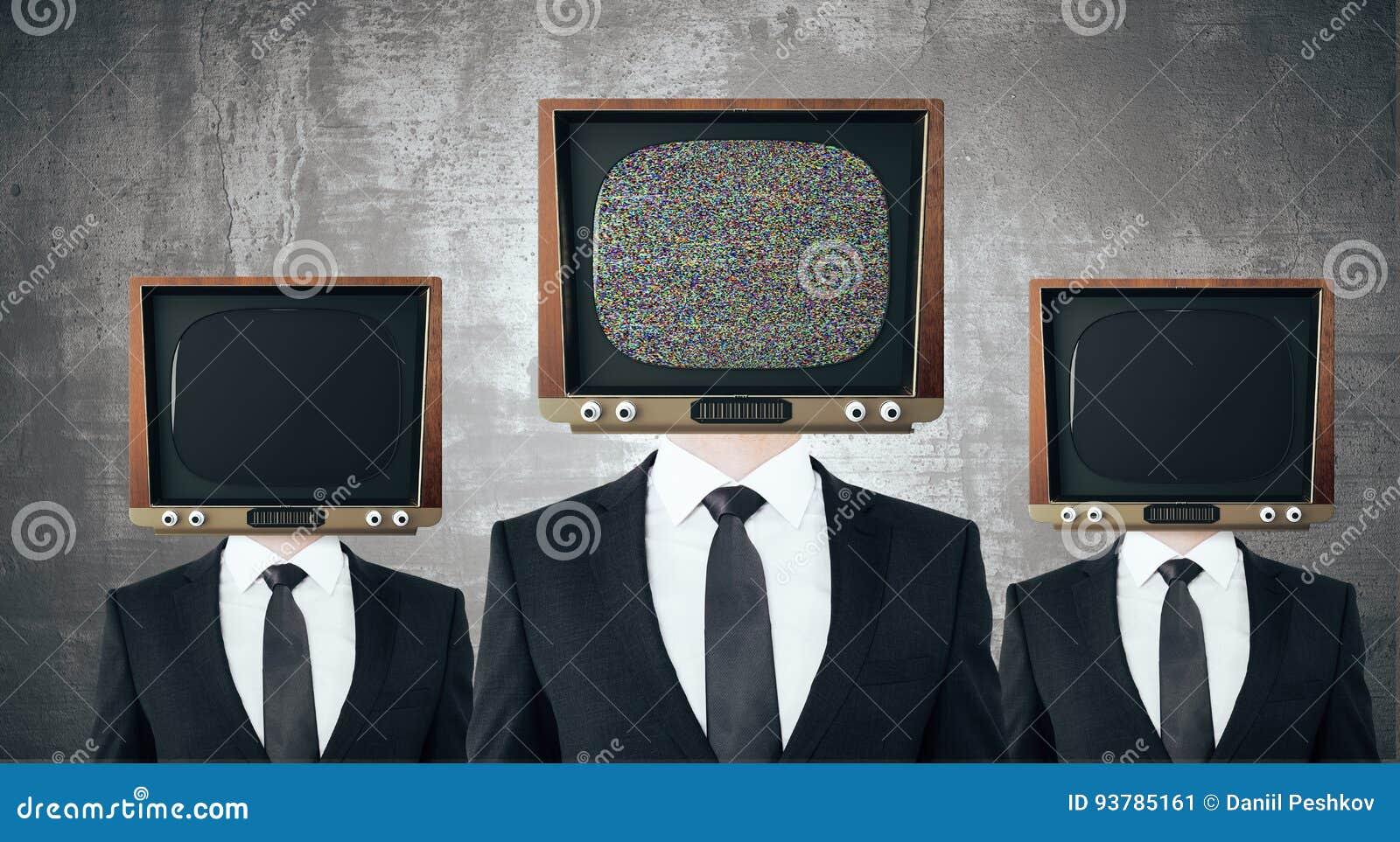 El vintage TV dirigió a hombres de negocios