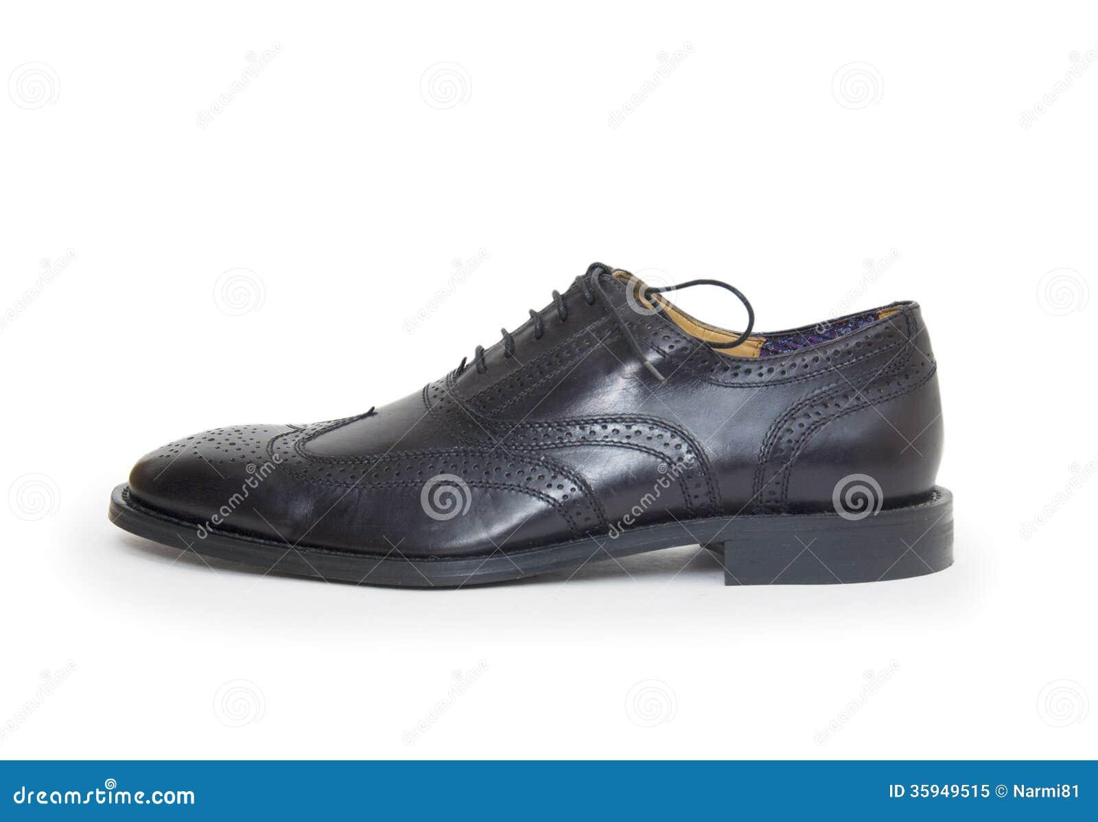 bab6898cea El Zapato Del Hombre Negro Aislado En El Fondo Blanco. Imagen de ...