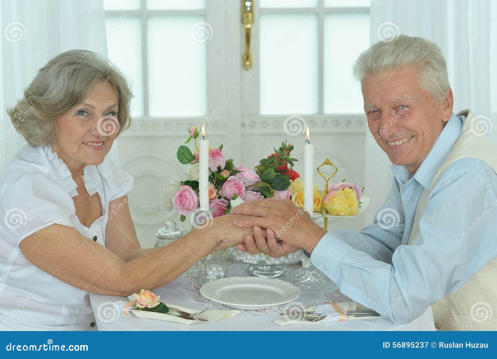 wendi deng dating