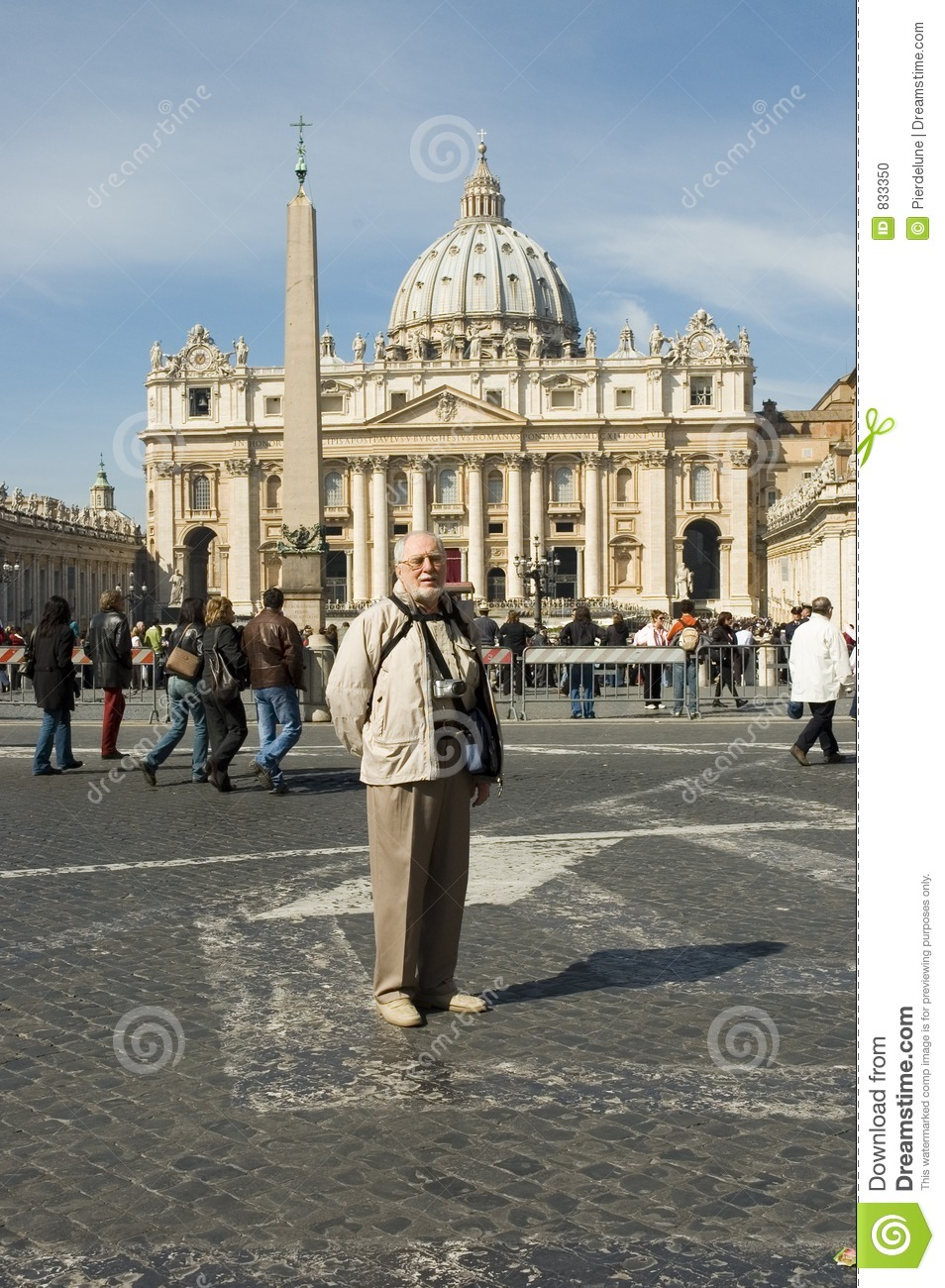 Elderly tourist in Rome