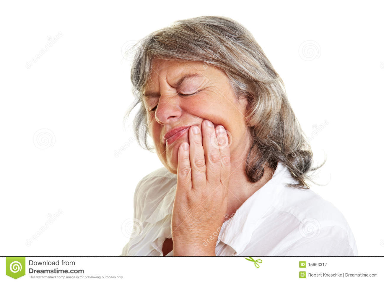 Elderly woman with toothache
