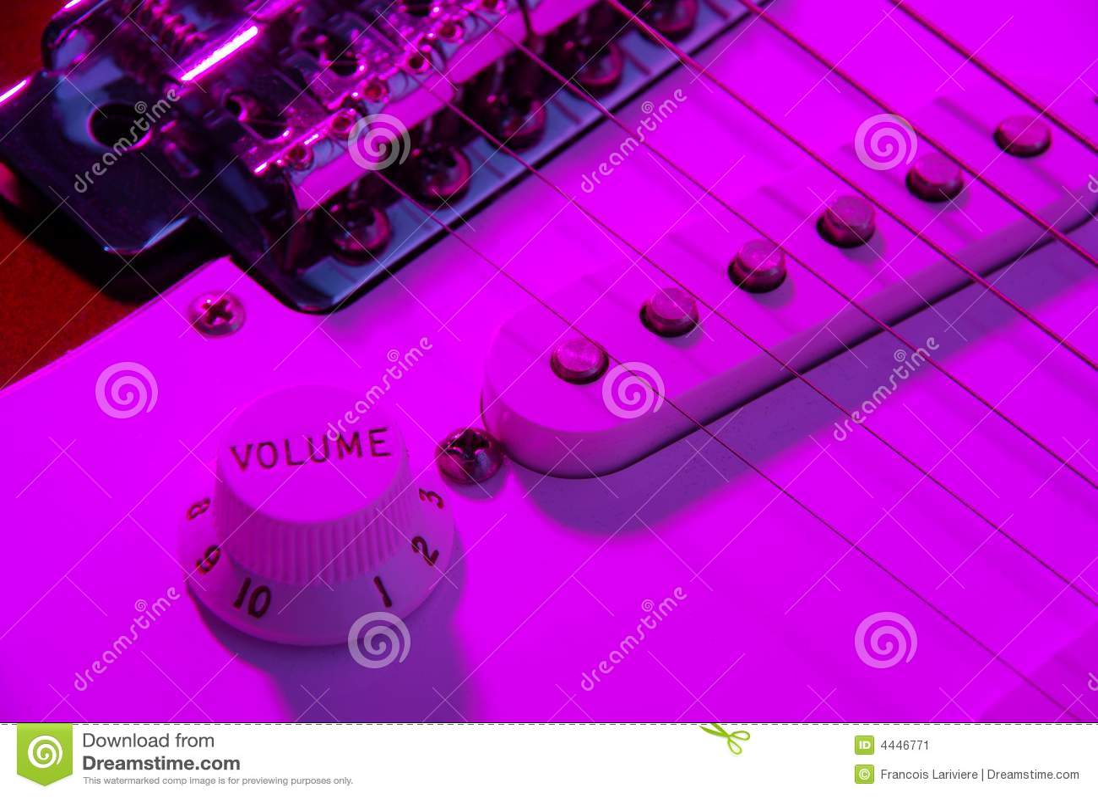 Electric guitar volume