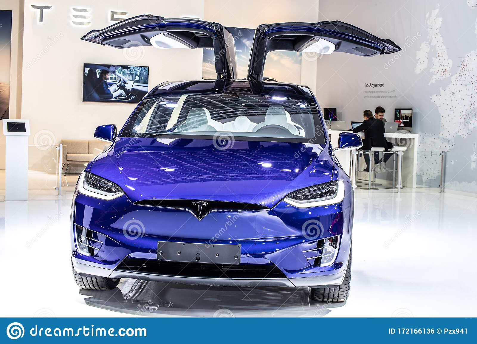 Electric Tesla Model X P100D At Brussels Motor Show ...
