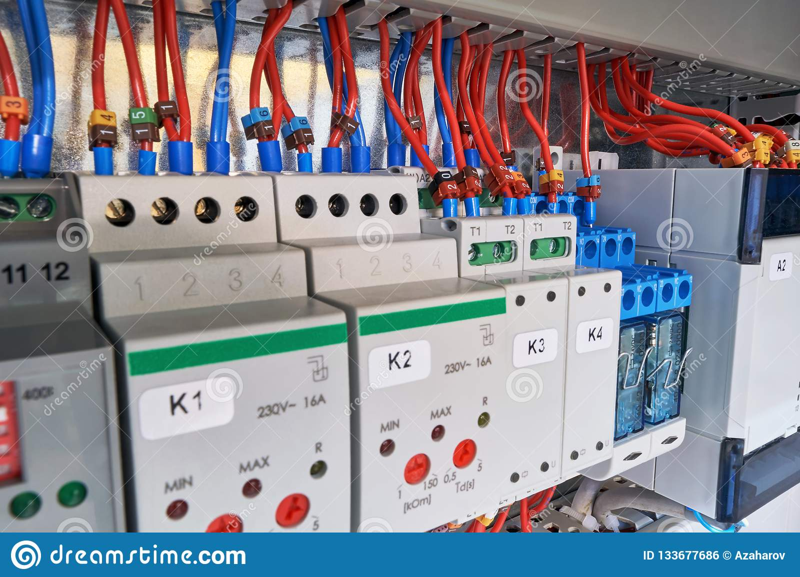 In the electrical Cabinet of the device with adjustment, relay and controller