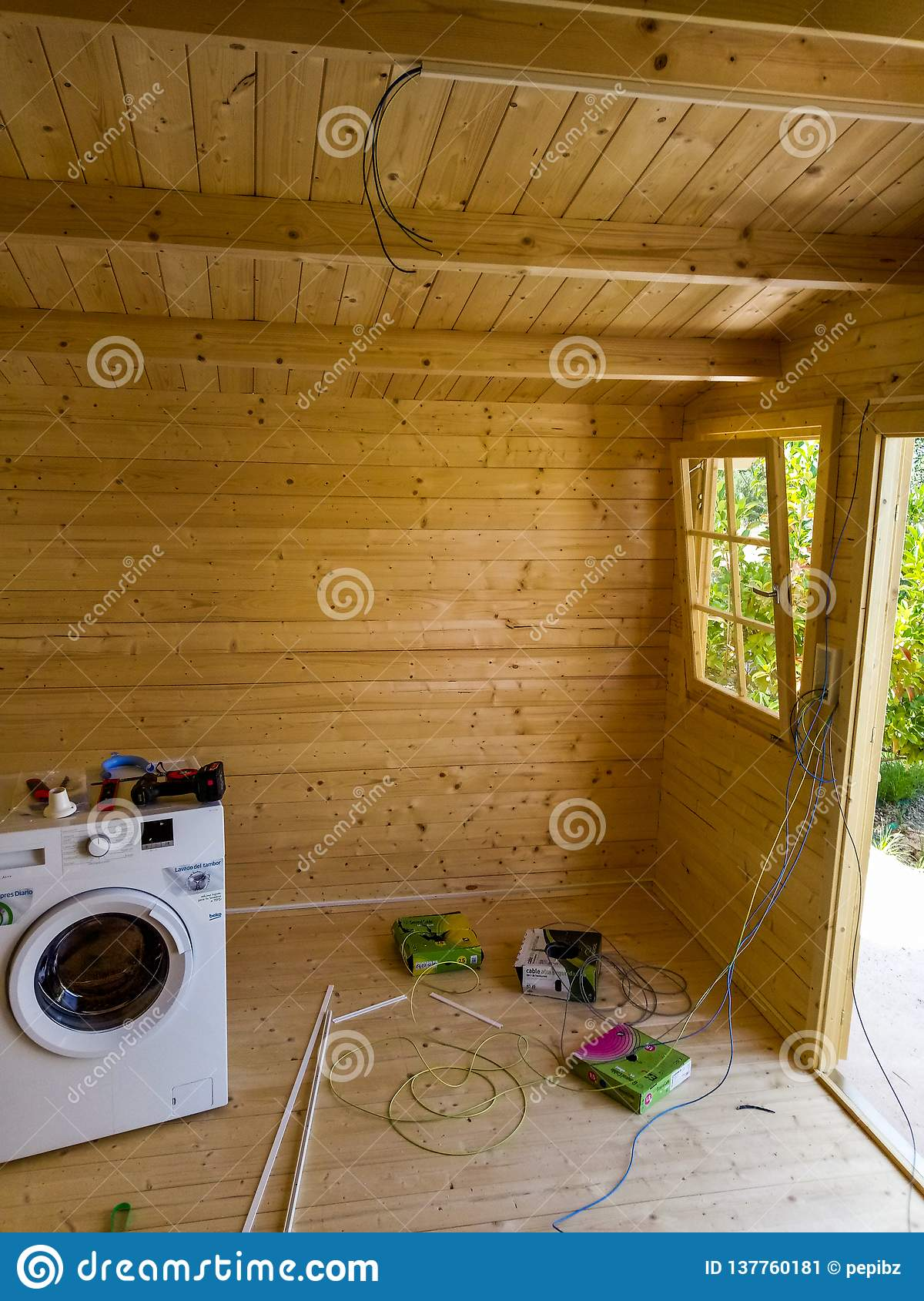 Electrical installation of a cabin