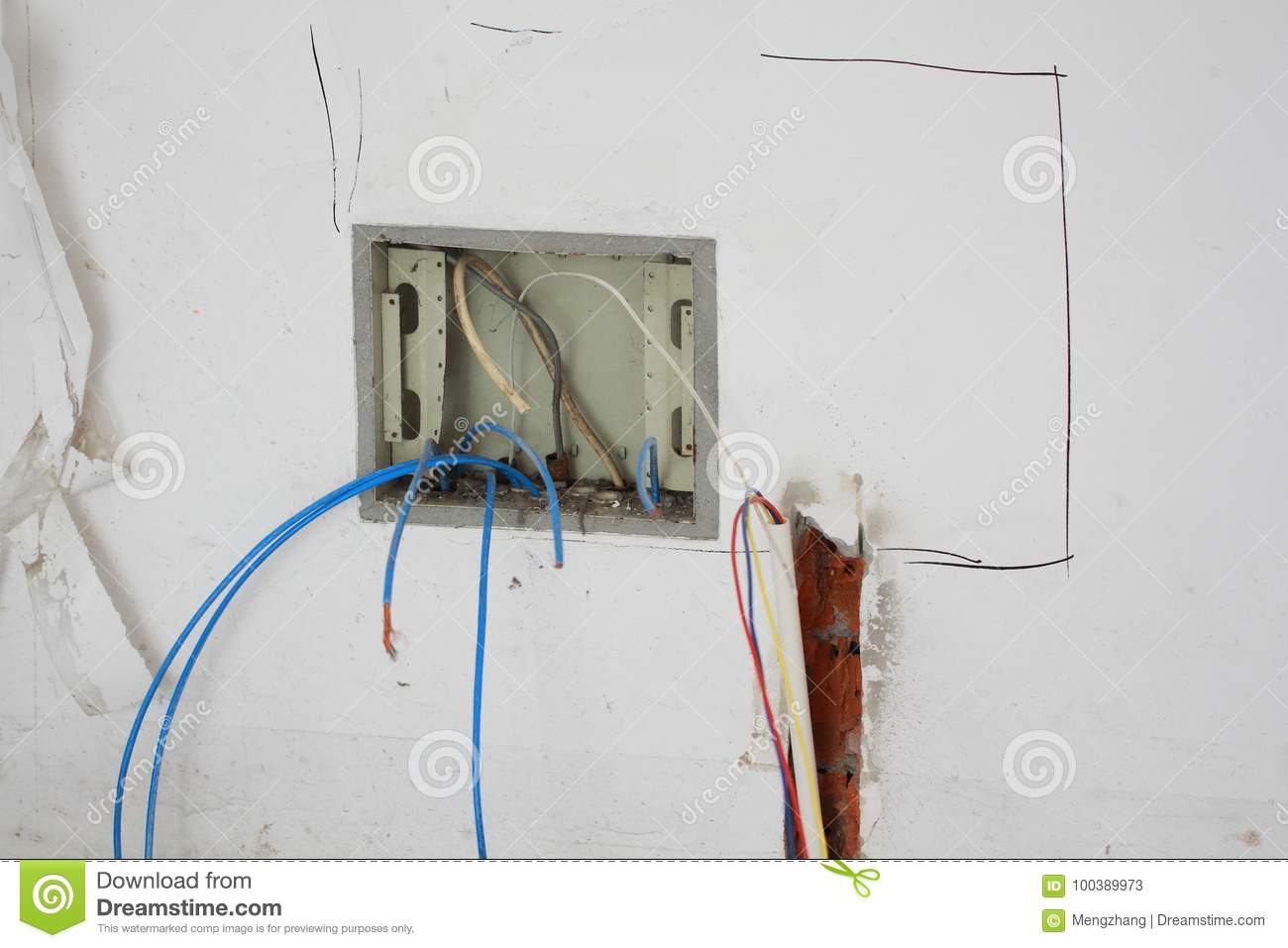 Electrical renovation work stock image. Image of hole - 100389973