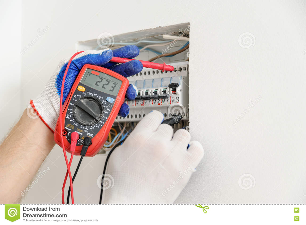 Groovy Electrician Check Voltage In Electrical Fuse Box Stock Image Wiring Cloud Hisonuggs Outletorg