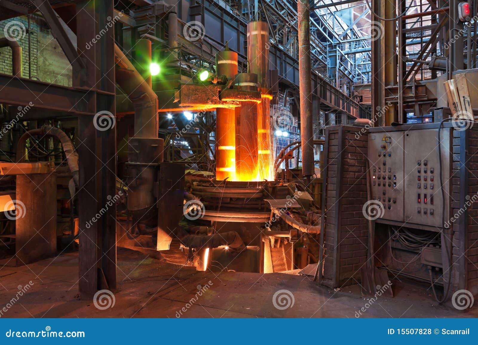Electroarc Ofen an der metallurgischen Anlage