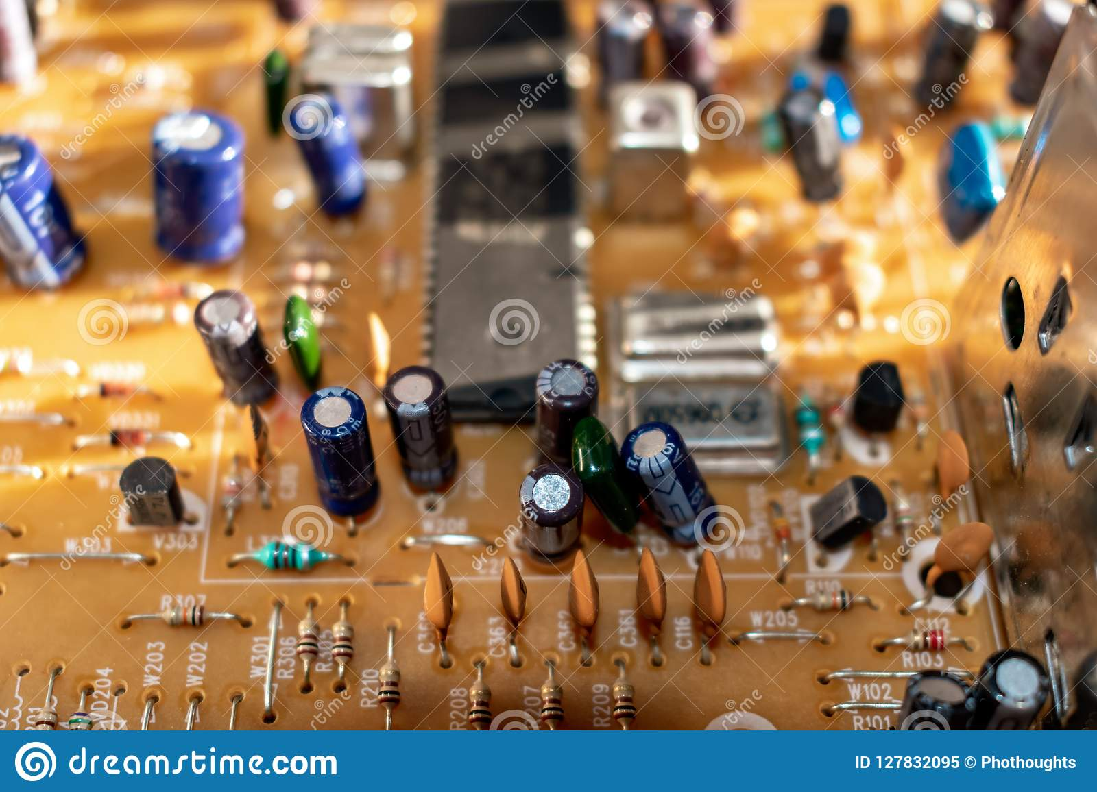 Electronic components on circuit board
