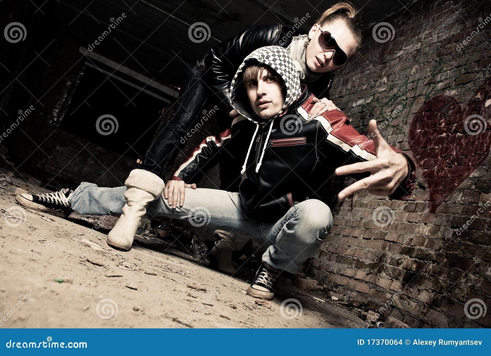 Eleganccy gangów potomstwa