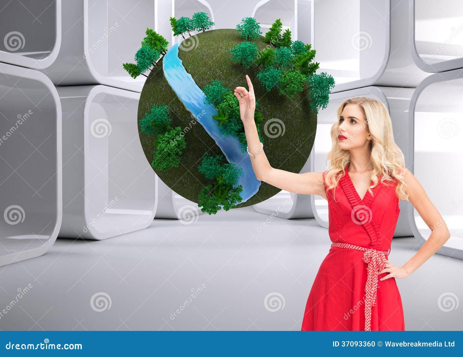 Download Elegancki Blondynki Pozyci Wskazywać Zdjęcie Stock - Obraz złożonej z osoba, foremność: 37093360