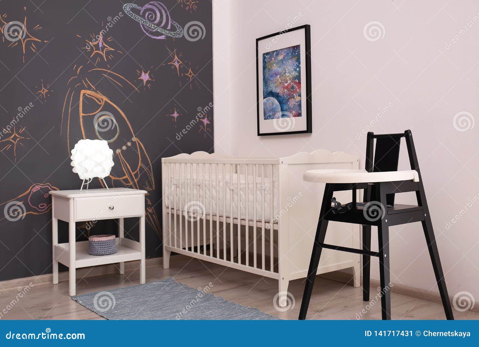 Elegancki dziecko pokoju wnętrze
