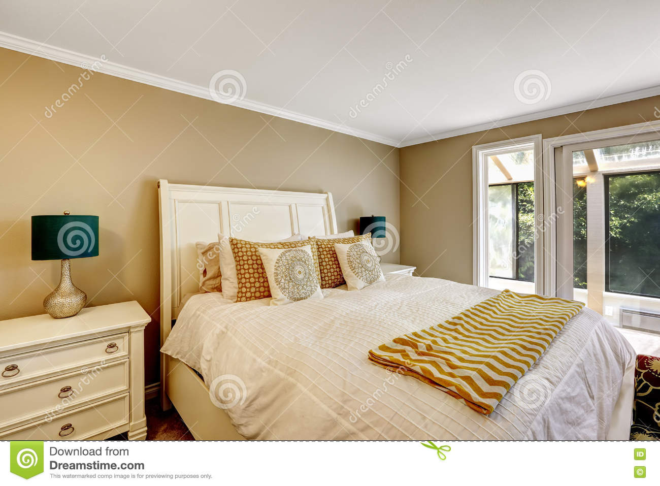 elegant bedroom in american style with white double bed stock photo image 74796167. Black Bedroom Furniture Sets. Home Design Ideas