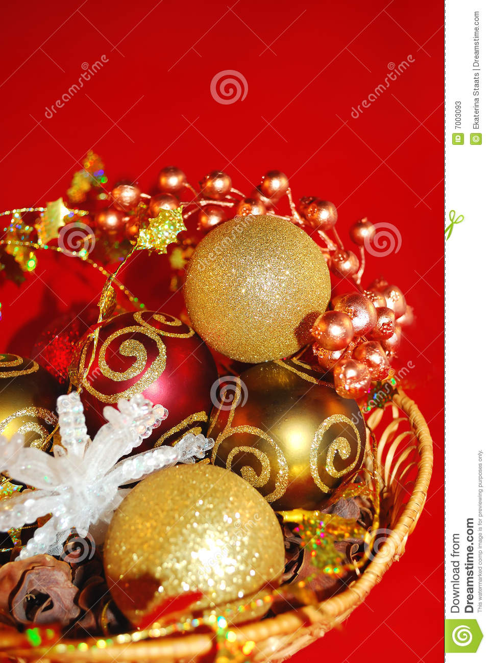 Elegant gold and red ornaments stock photos image 7003093 for Small gold christmas ornaments