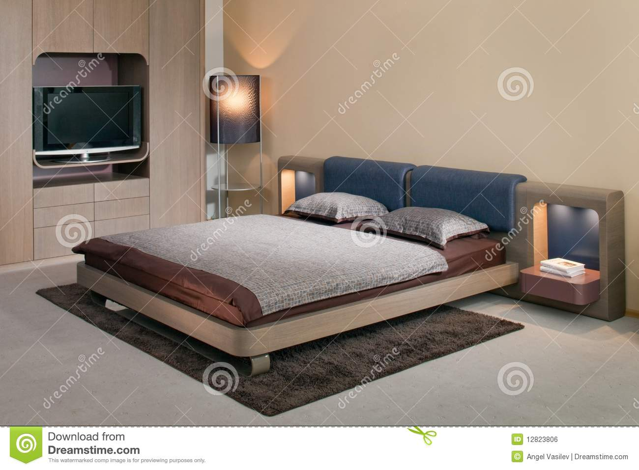 Elegant and luxury bedroom interior design royalty free for Bed room interior design images