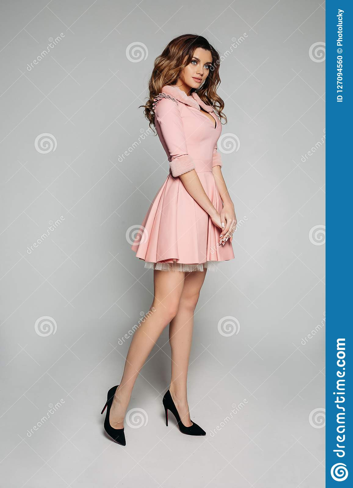 1a930c19aa9f Elegant Model In Pink Dress And Black Heels. Stock Photo - Image of ...