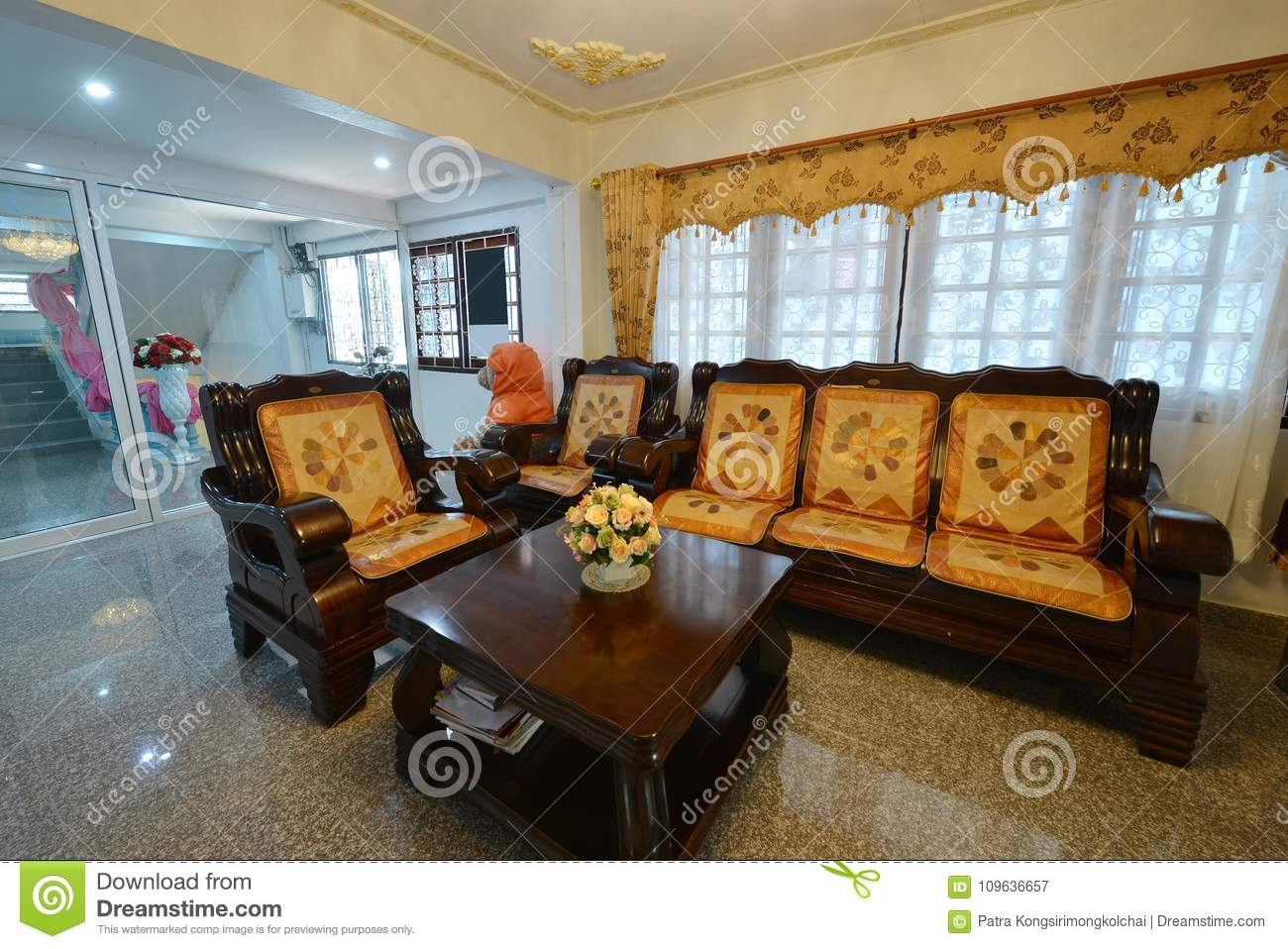 Elegant Oriental Classic Vintage Chinese Living Room, Interior D Stock  Image - Image of chair, apartment: 109636657