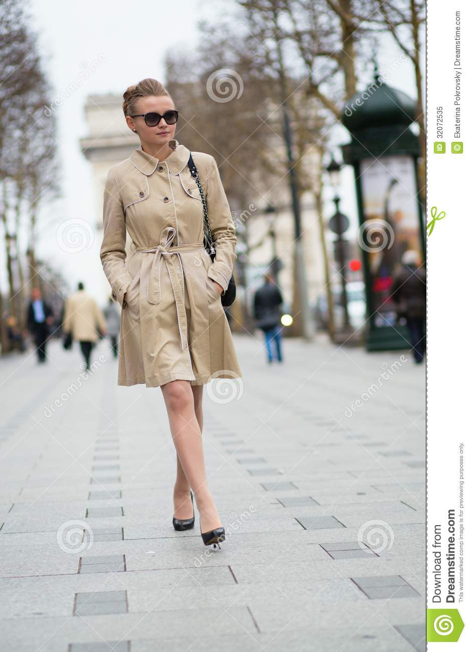 Elegant Parisian Woman On The Street Stock Image Image