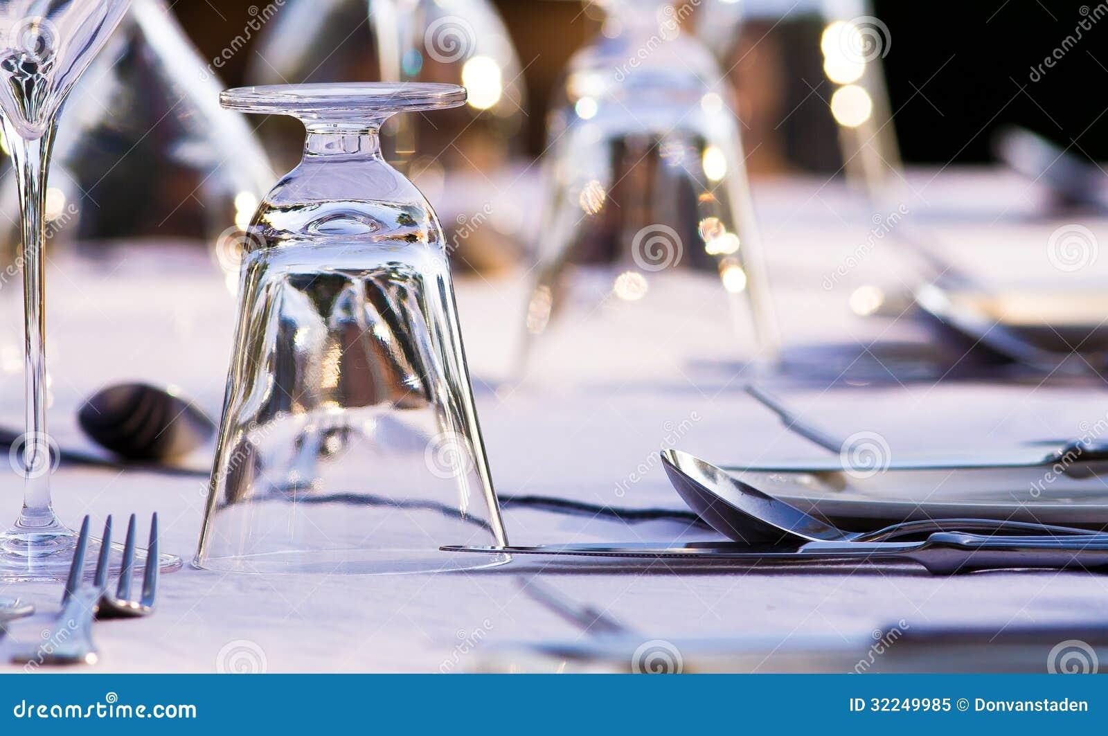 Elegant Restaurant Table Setting Royalty Free Stock Photo  : elegant restaurant table setting beautifull glasses cutlery 32249985 from www.dreamstime.com size 1300 x 880 jpeg 135kB