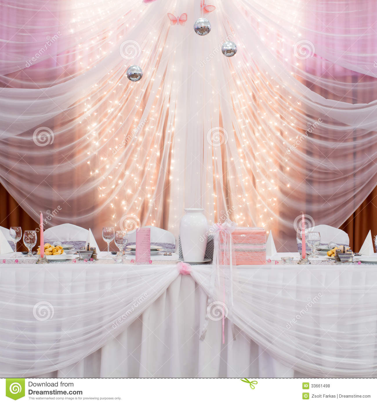Boy Cub Scout Blue Gold Banquet Ideas also 20969954491524837 as well Black White And Red Wedding Table Settings Settingsred Checkered Tablecloth Background Skirt together with Products besides bridaltablecloths. on round banquet table decorations