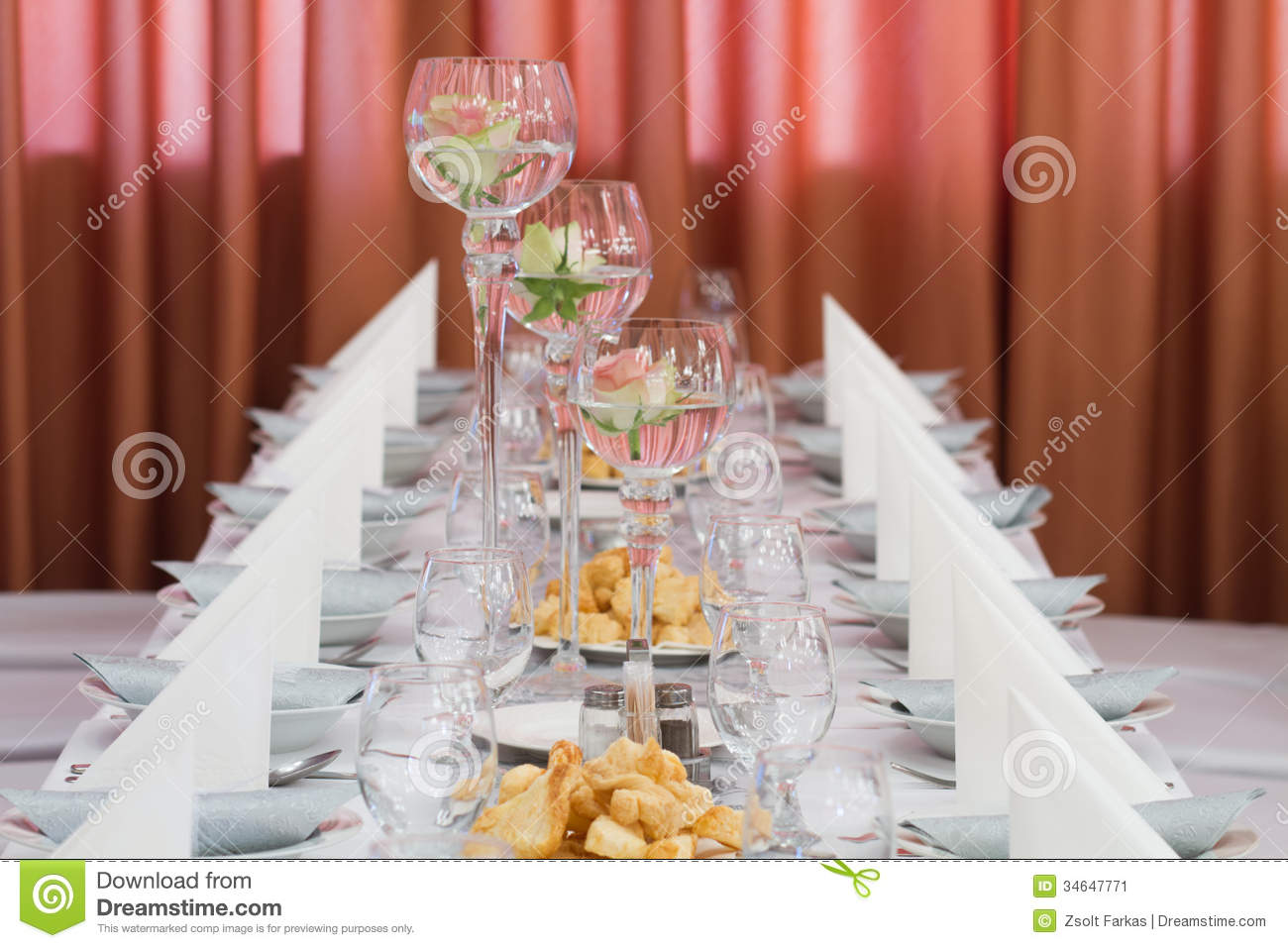 Elegant Table Setting For Wedding Stock Image - Image of plate ...