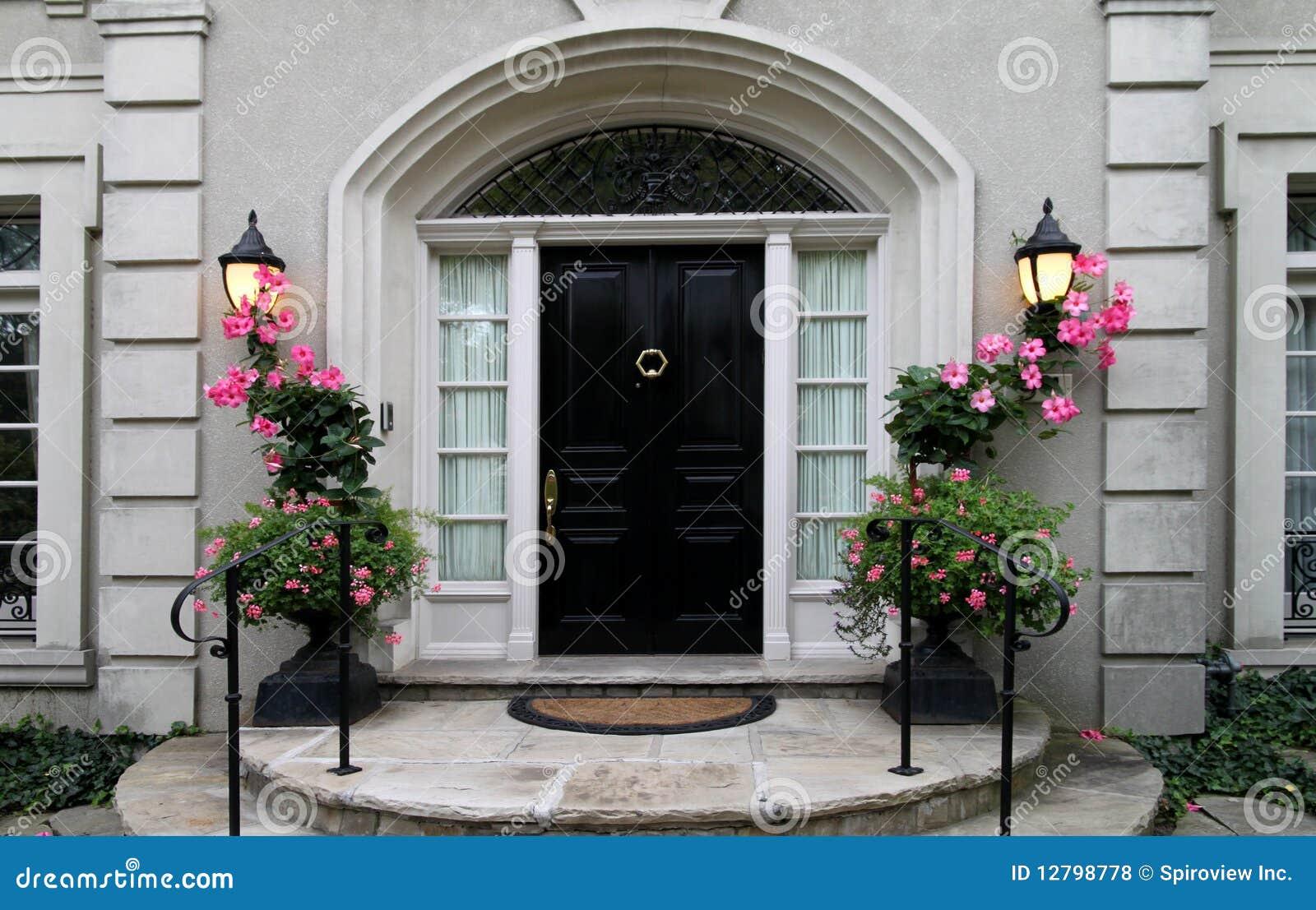 Elegante Haust 252 R Mit Blumen Stockfoto Bild Von