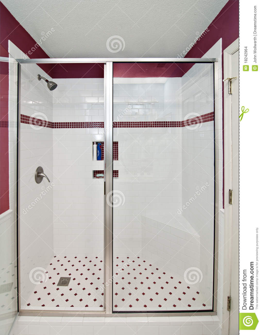 Elegante moderne dusche stockfoto bild von decorate for Image douche moderne