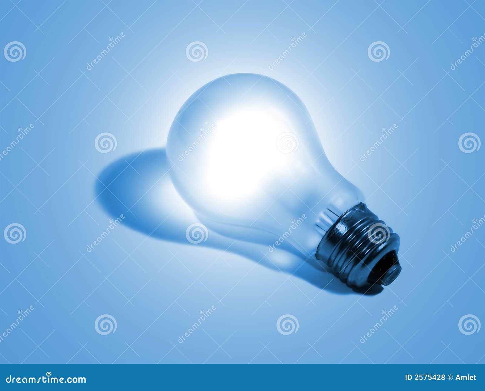 Elektrische bol op een blauw