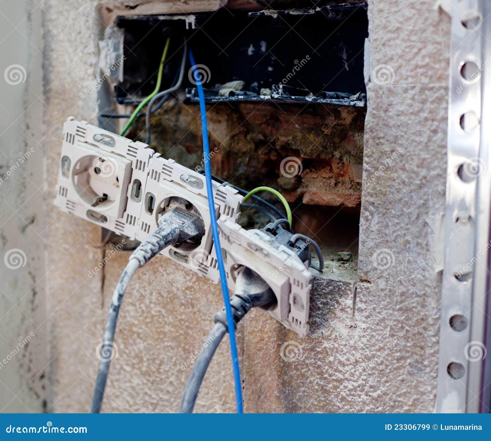Elektrische stop in het huisverbetering reparatie stock afbeelding afbeelding 23306799 - Huisverbetering m ...