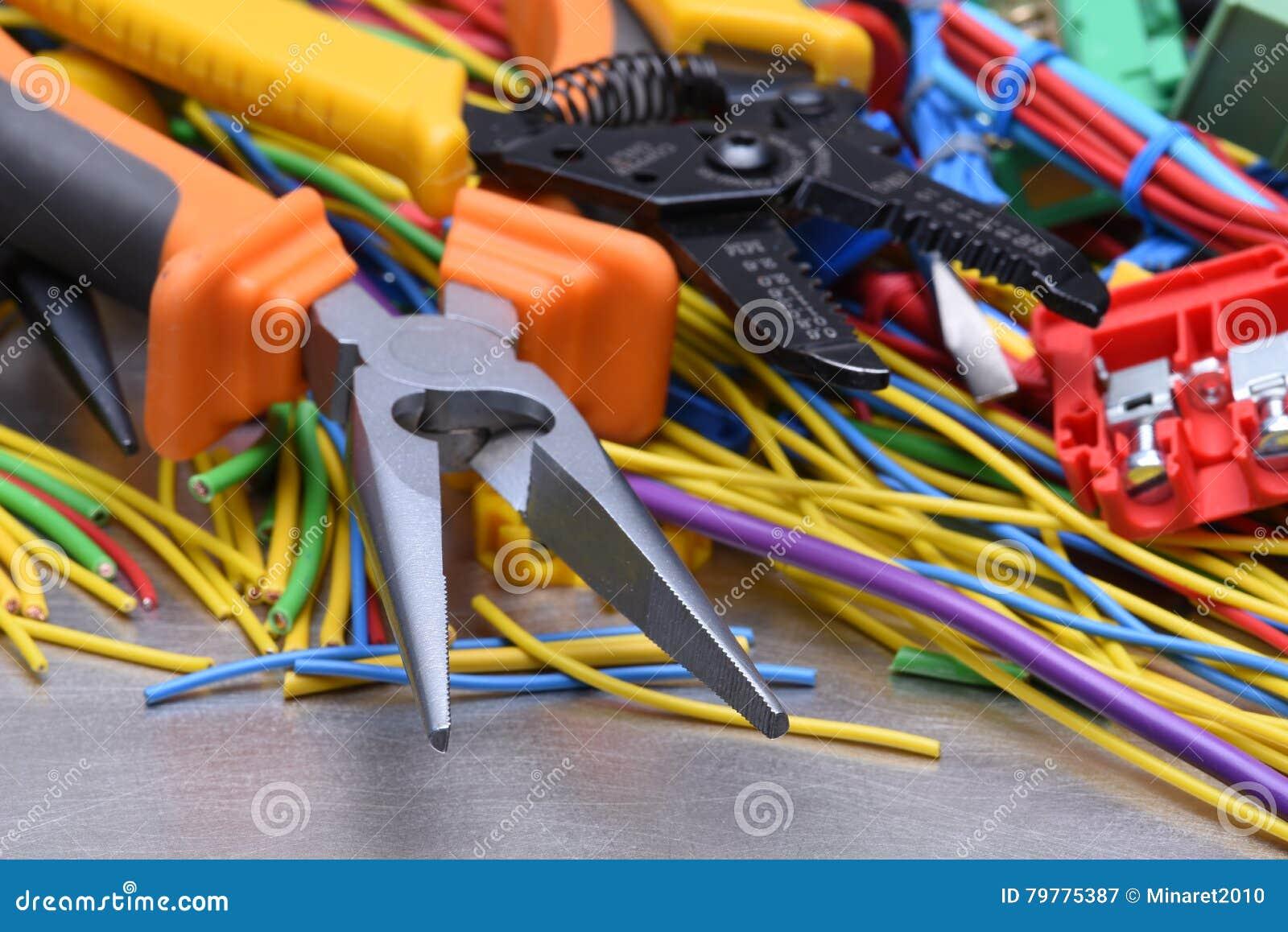 Niedlich Elektrische Kabel Identifizieren Zeitgenössisch ...