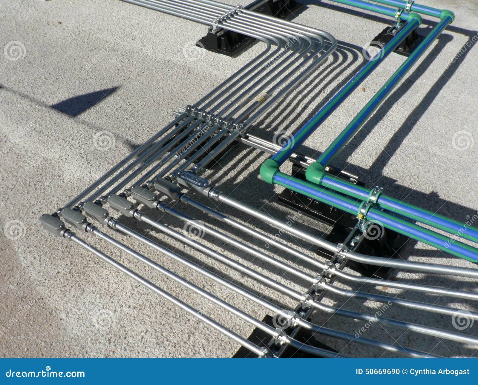Elektrisches Rohr-Gestell auf Dach