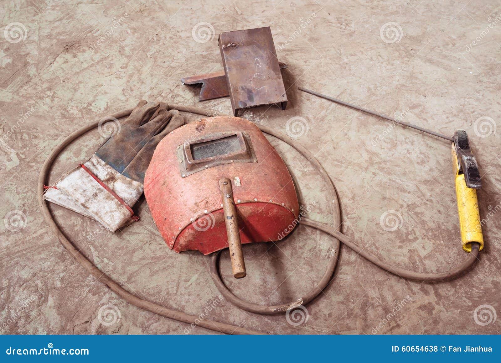 Elektrisches Schweißgerät, Elektrischer Draht, Masken, Handschuhe ...