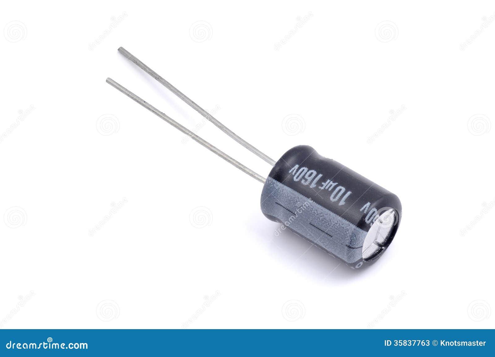 Elektrolytisk kondensator på vit