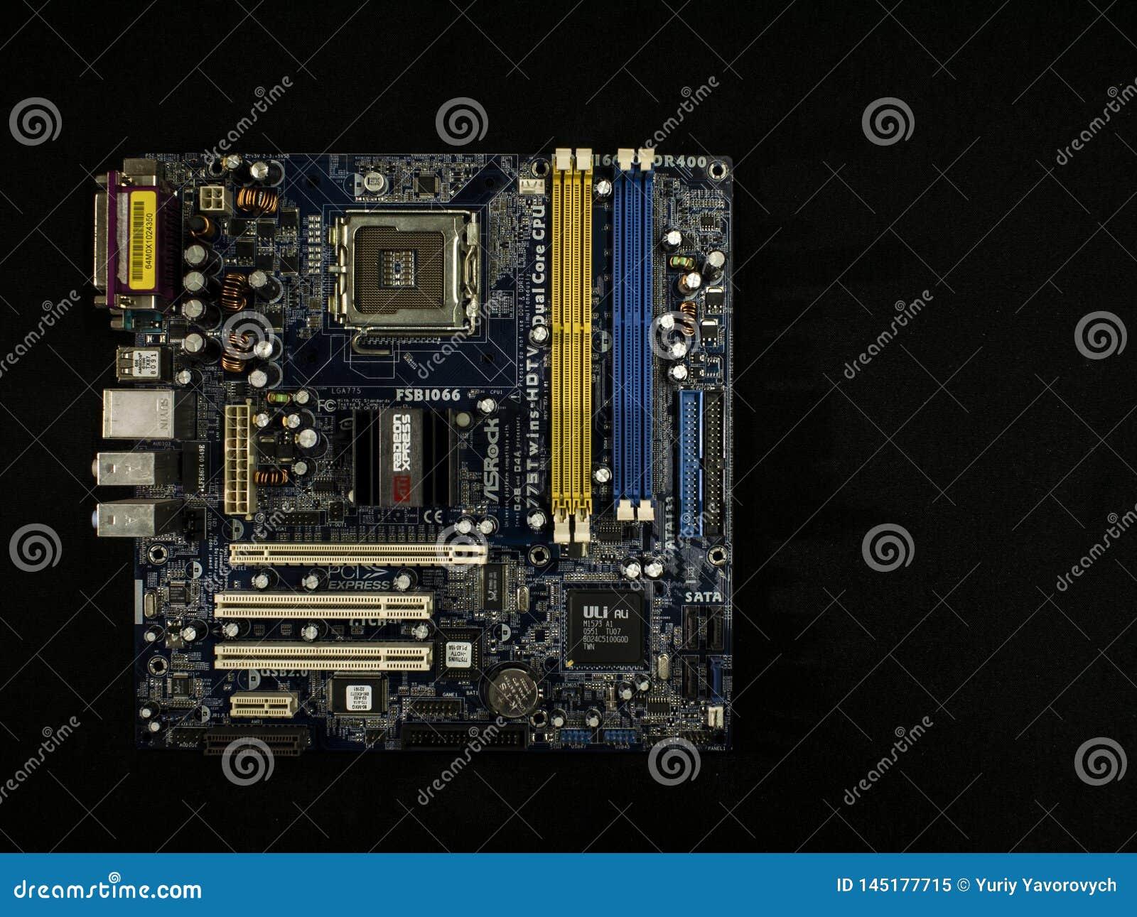 Elektroniczny system komputerowa płyta główna, cyfrowy układ scalony z tranzystorem, microcircuit na czarnym tle