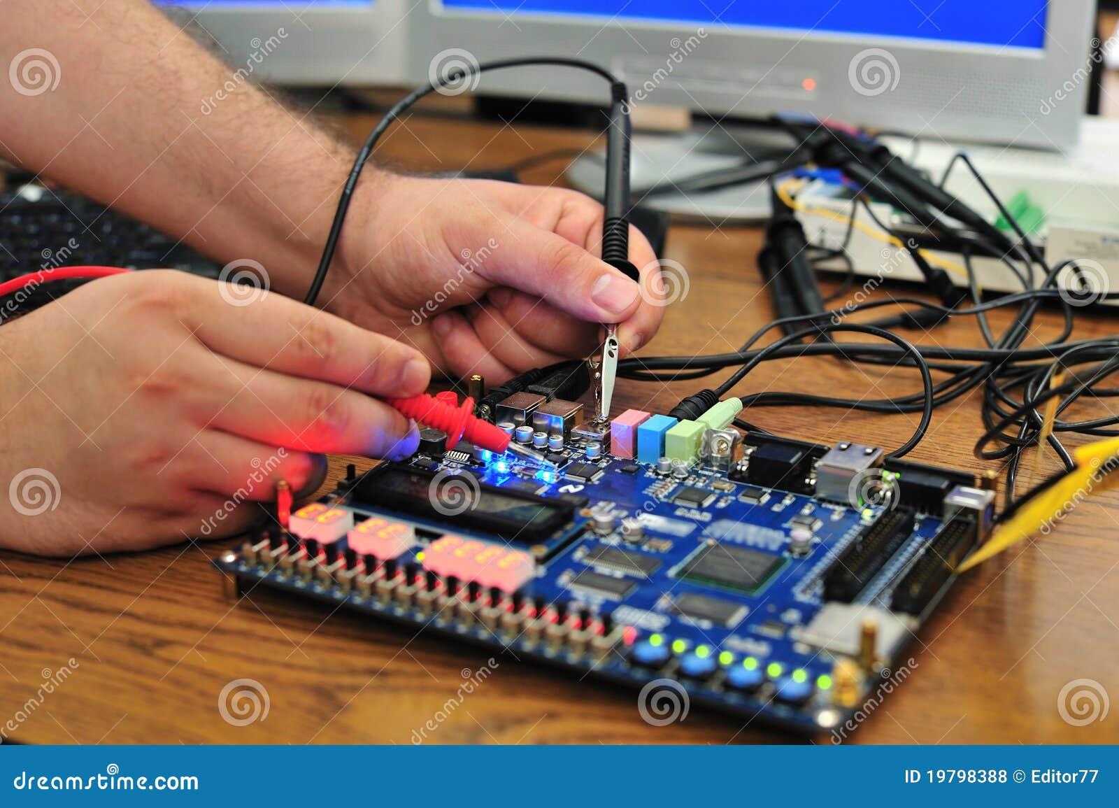 Elektronisk mätt pcb-signalering för bräde