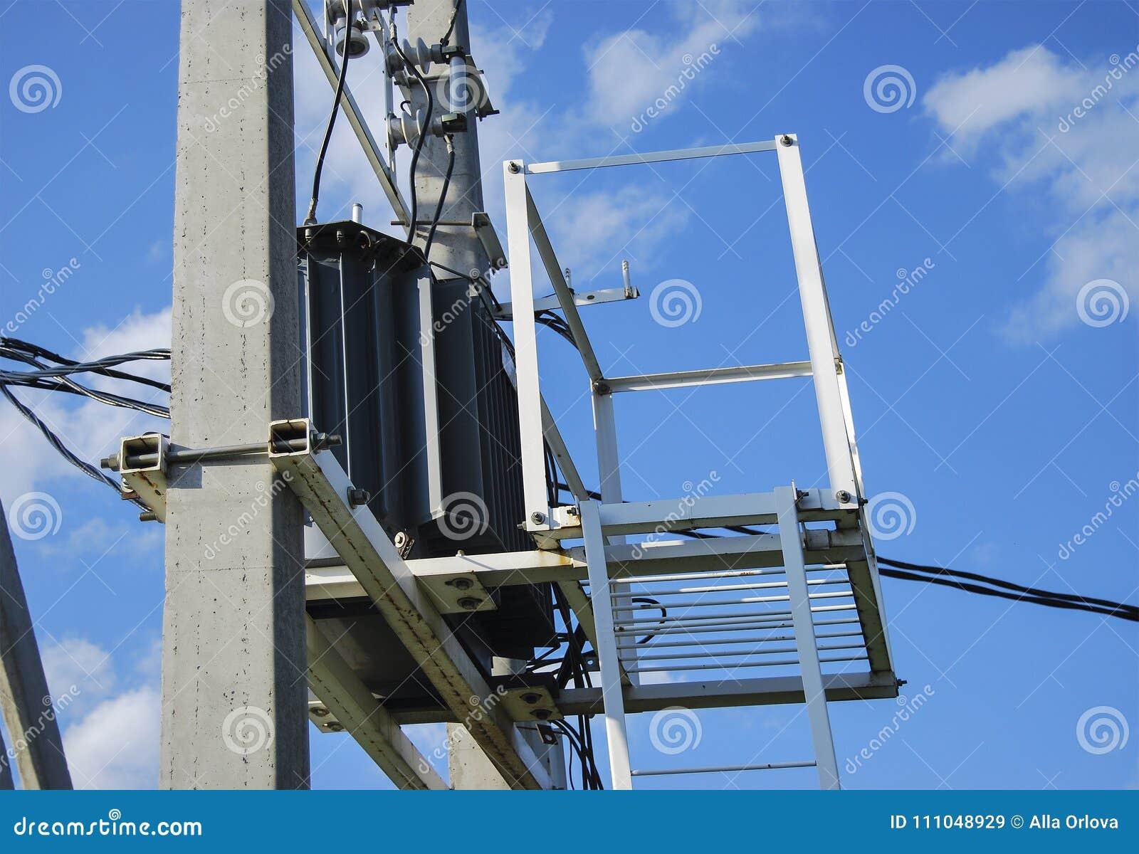 Elektrycznej dystrybuci transformator z deaktywacją