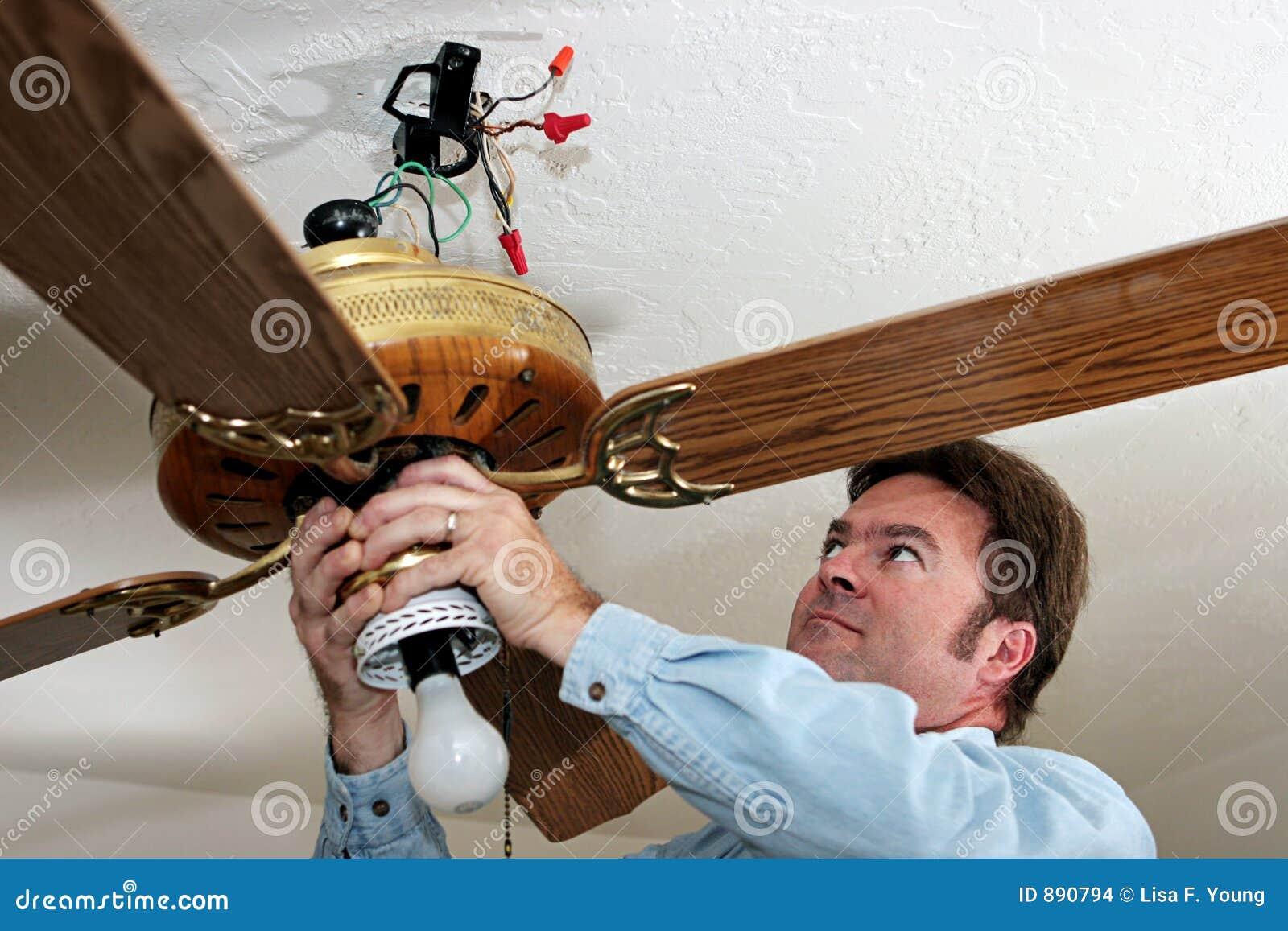 Elektryka podsufitowy fanem usunąć