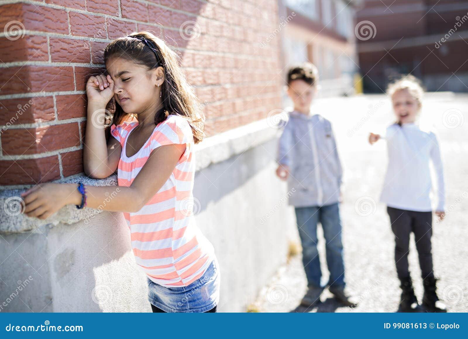 Elementaire Leeftijd Intimidatie in Schoolplein