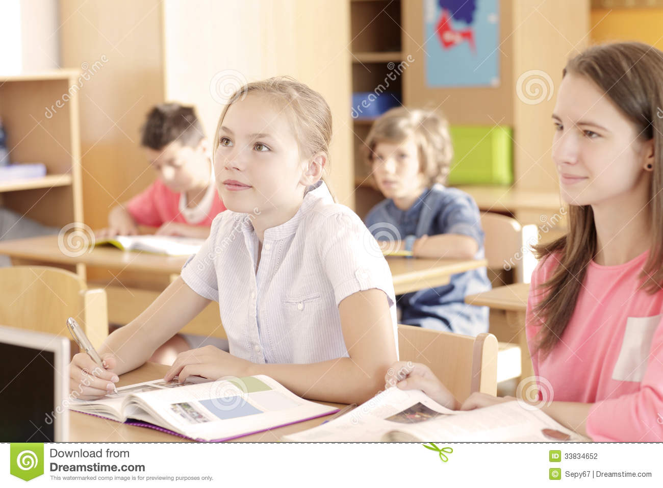 grouping practices in the elementary reading Is ability grouping the best way for students issues article school issues article homogeneous or heterogeneous: which way to groups in reading.